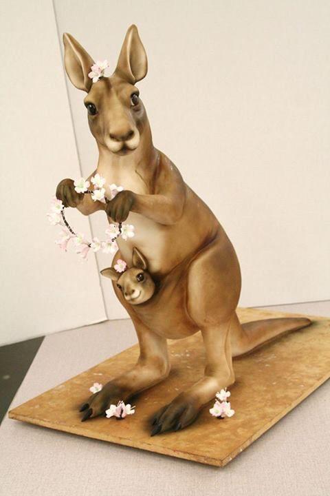 Margaret Carter-Mike's Amazing Cakes-facebook
