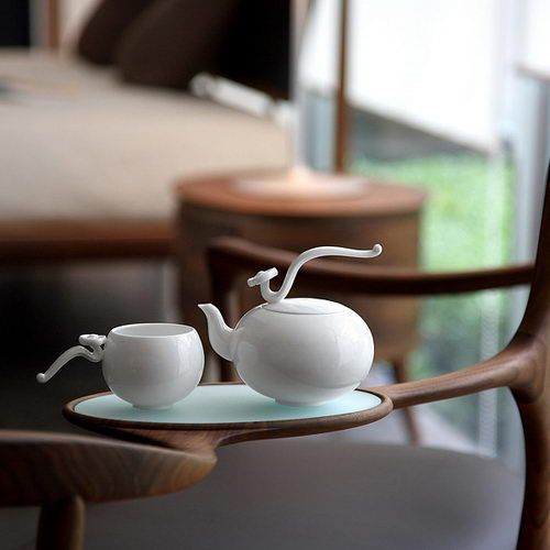 Have a cup of tea with me? Gorgeous design!