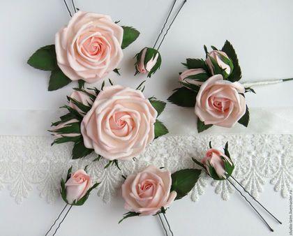 цветы в прическу невесты, браслет на руку невесты, бутоньерка для жениха, комплект на свадьбу, шпильки с цветами для невесты, свадебные аксессуары, розовая свадьба, мастер Любовь Амосова
