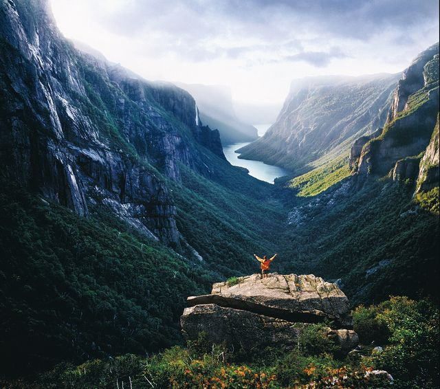 Hike to the Western Brook Pond overlook