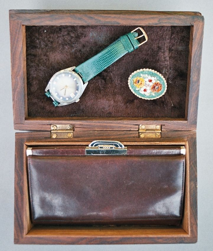Lady's green watch - Spendid wrist watch, leather wallet, wooden box