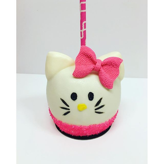Instagram media sweetsthatsparkle - Working on an order of Hello Kitty apples