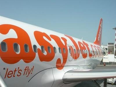 Easyjet.com - best website for cheap flights (within Europe).