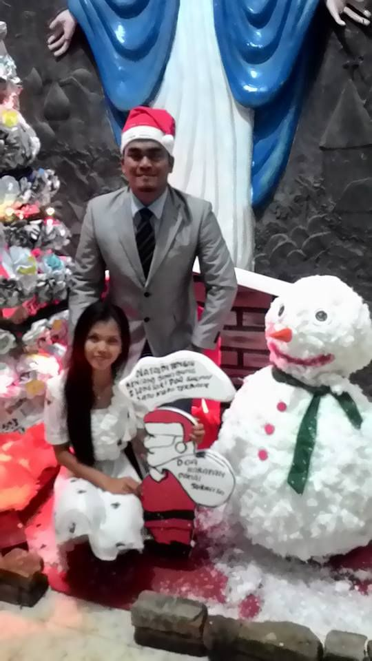 boneka salju dari kapas dan bambu... 25 des 2014