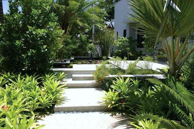 modern architecture - craig reynolds landscape architect - old town modern - exterior view - tropical garden