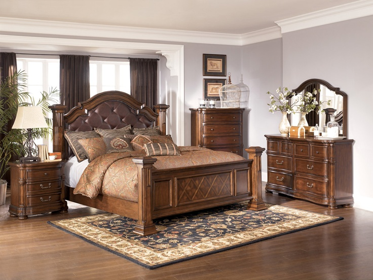 Wisteria B602 King Size Bedroom Set. 17 Best images about bedroom furniture on Pinterest   Queen