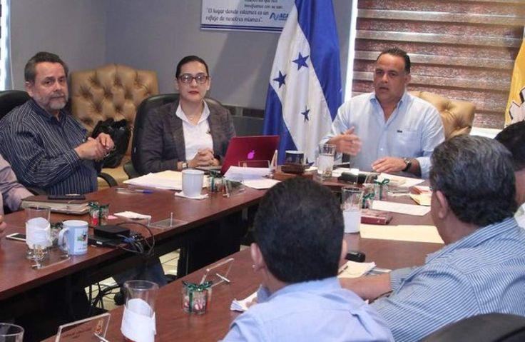 Honduras: Viernes y Sábado Santo habrá ley seca en San Pedro Sula  Las autoridades sampedranas buscan con la medida evitar hechos que lamentar durante la Semana Santa.  En sesión las autoridades tomaron la decisión de aprobar 'Ley Seca'.