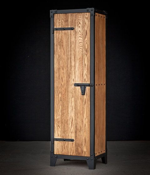 25 best ideas about kleiderschrank holz on pinterest for Kleiderschrank aus paletten