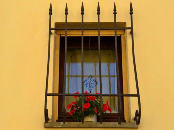 ديكورات نوافذ حديدية صور تصاميم شبابيك حديد خارجية Decor Design Picture Design Decor