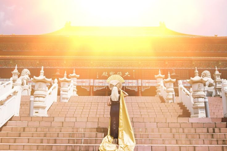 world Elite Photographer Daniel L Meyer Photo shoot at Nan Hua Temple