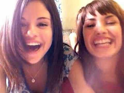 Pin for Later: You'll Feel For the Past After Rewatching Selena Gomez and Demi Lovato's Childhood Vlogs When They Shared a Blooper