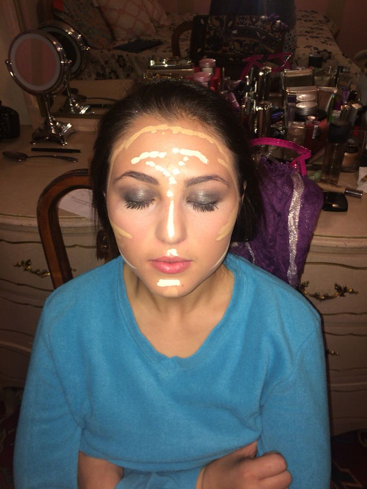Contour and high light Face, Face paint, Carnival face paint