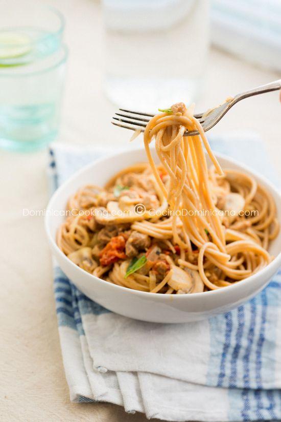 Receta Pasta Vegetariana de 'Carne' de Soya: Para los que son vegetarianos, o quieren probar algo nuevo, un plato ligero, que podrás comer sin culpa.