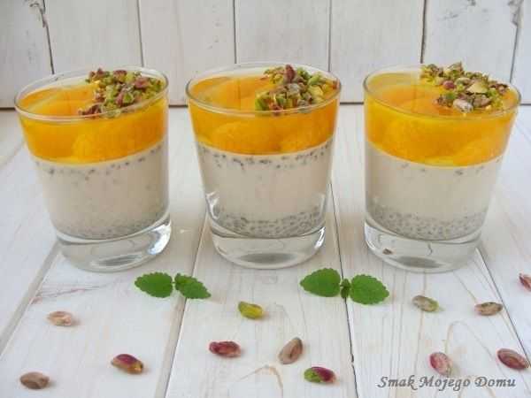 Smak Mojego Domu: Waniliowa panna cotta z chia i mandarynkami