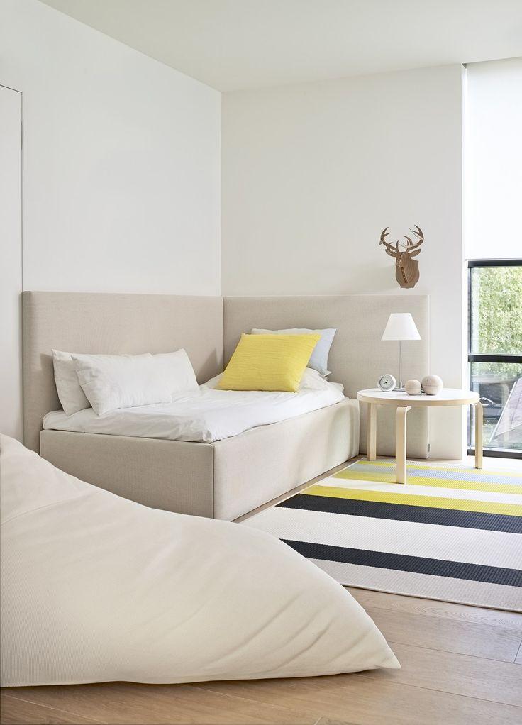 @woodnotesdesign CORNER BED