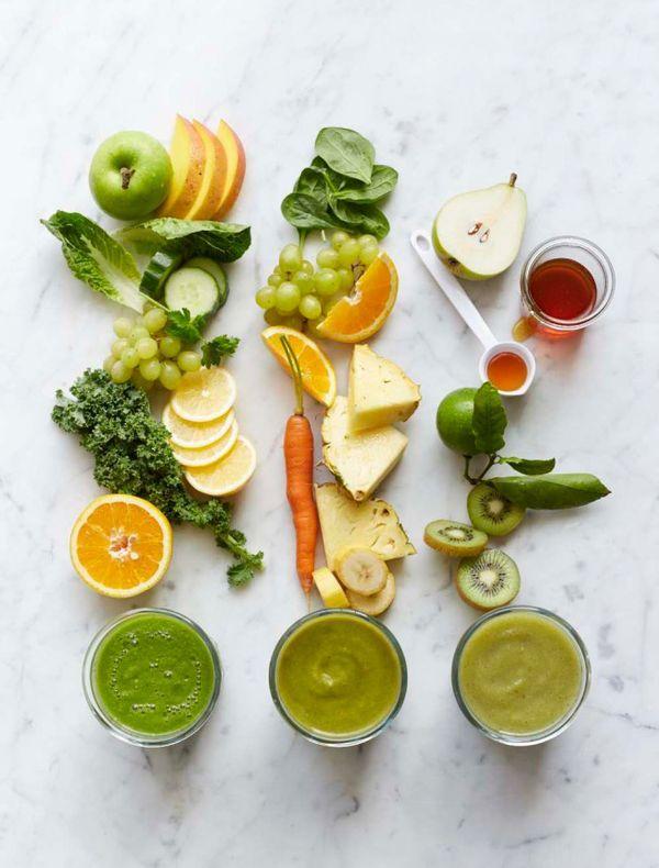 コンビニやスーパーで並ぶ豊富な種類の野菜ジュース。美容によさそうという事で毎日飲んでいる方も多いのではないでしょうか。今回は野菜の美容効果や選ぶポイントをご紹介。あなたにあった野菜ジュースを探してみてくださいね、おススメのジュースもご紹介します。