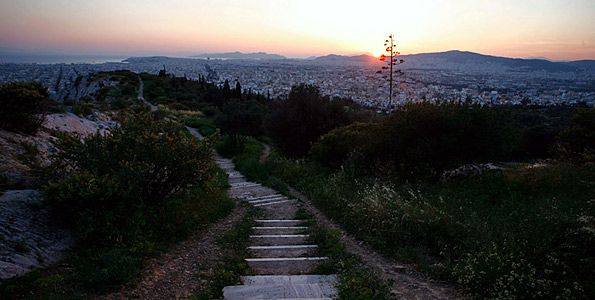 INFO GUIDE | 15 μέρη με απίστευτη θέα στην Αθήνα