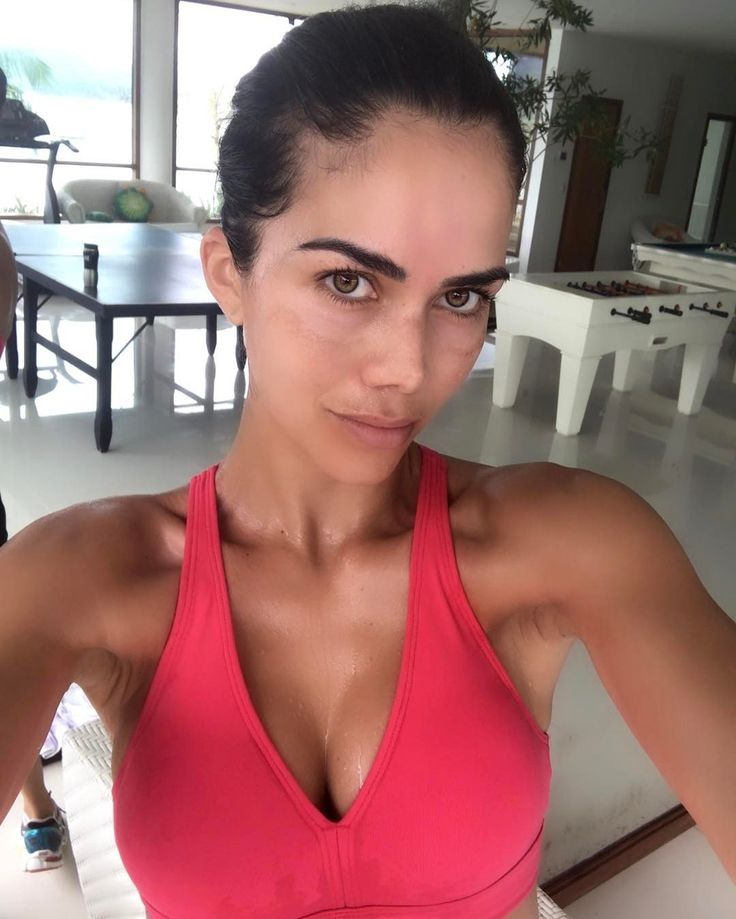 Daniela Albuquerque revela tratamento inusitado para pele