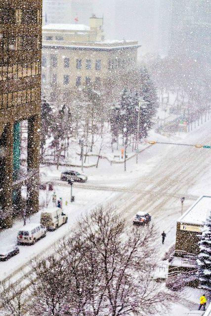 Heavy snow in Downtown West, Calgary, Alberta