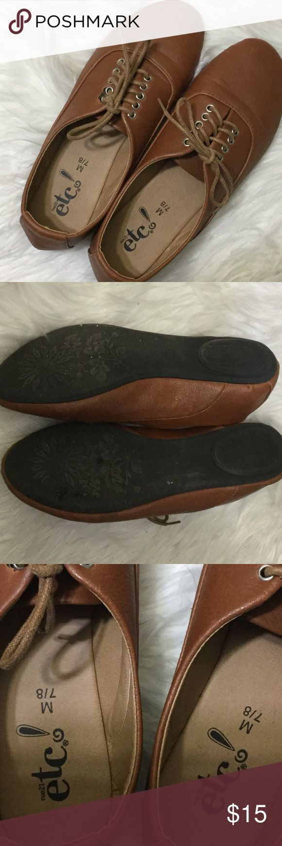 """✂️price drop✂️ Brown Casual Shoes A pair of brown lace up casual semi-dressy shoes. Brand is: """"etc!"""" Size is: 7/8 NOTE: in my opinion these fit more like an eight than a seven. I wear size seven and these are too big.  Posh rules only No paypal No lowballing  Price firm unless bundled.  I'm a suggested user and party host, posh ambassador, posh mentor, and I'm five star rated so buy with confidence!  H A P P Y  P O S H I N G  ⭐️✨⭐️✨⭐️✨😃✨⭐️✨⭐️✨⭐️ etc! Shoes Flats & Loafers"""
