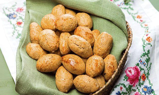 Estas broas, de azeite e mel, são uma boa opção para todo o ano, à semelhança dos biscoitos, e podem ser saboreadas com chá ou chocolate quente.