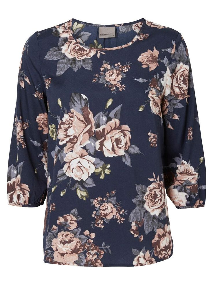 Floral print blouse from VERO MODA. Style it with a pair of dark jeans for a cool everyday look.