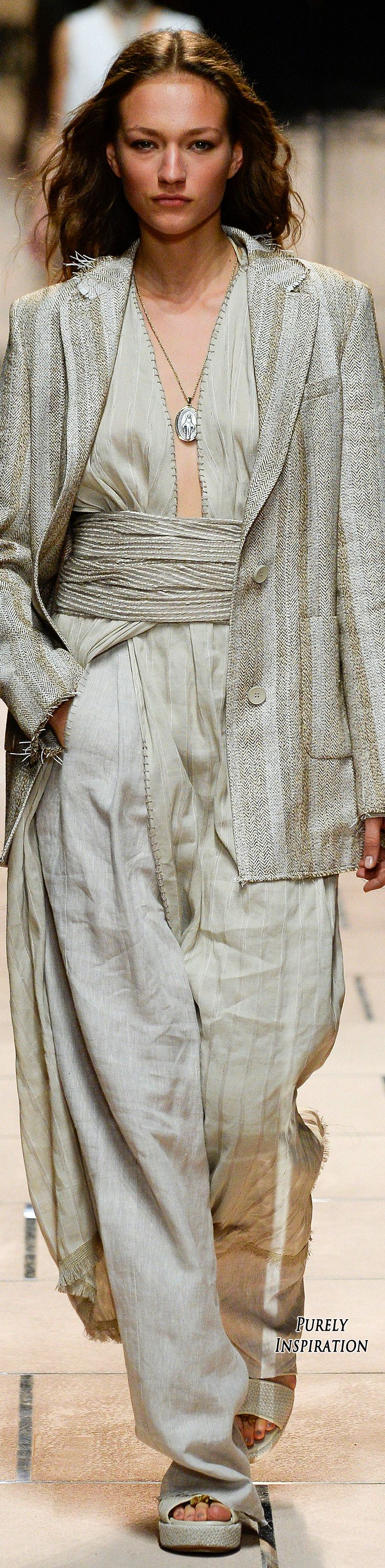 Trussardi SS2016 Women's Fashion RTW | Purely Inspiration