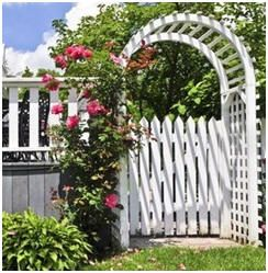 THIS IS A WINNER!  600+ Free Do It Yourself Backyard Project Plans -  Find arbors, gazebos, fences, gates, trellises, pergolas and much more.