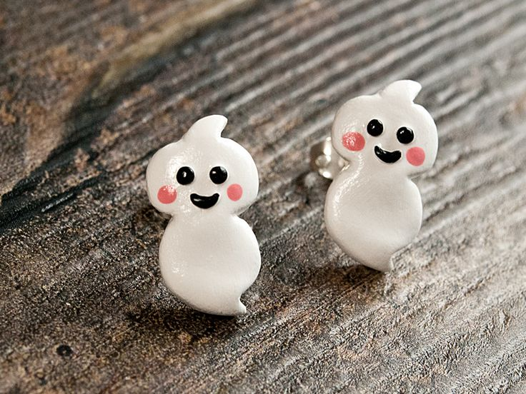 scary gifts at DaWanda Ghost stud earrings from OonaFay-Shop via en.dawanda.com