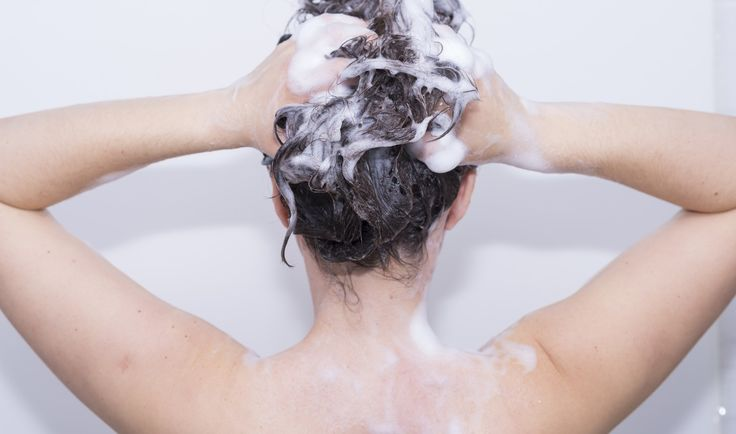 """When it comes to hygiene tips to help you feel fresh long after showering,I'm in the """"less is more"""" club. Over the past few years in an attempt to get a deeper clean from showering, I've watched the unnecessary bottles, soaps, and moisturizers disap"""