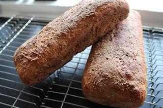 Ager bager: Surdejsbrød med fuldkornshvedemel