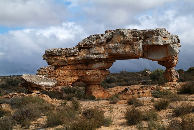 Kagga Kamma de naaimachine, Cederbergen Zuid-Afrika 2008 by wally nelemans, via Flickr