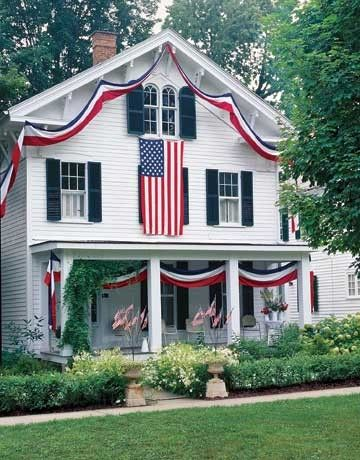 AmericanHoliday, 4Thofjuly, Flags, Patriots Decor, Red White Blue, Blue House, 4Th Of July, Porches, House Decor