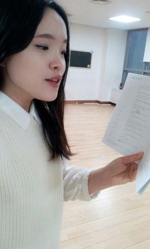 #성우지망생 #대본연습 #사나래보이스 #안양시 150321 모델 걸음처럼 똑바로! 곧게 읽기!!