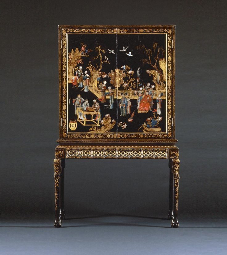 Qing dynasty lacquer cabinet-on-stand from the collection of the Prince de Ligne. 1765  Country of creation : China