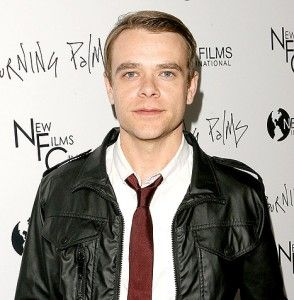 Nick Stahl Hairstyle, Makeup, Suits, Shoes and Perfume - http://www.celebhairdo.com/nick-stahl-hairstyle-makeup-suits-shoes-and-perfume/