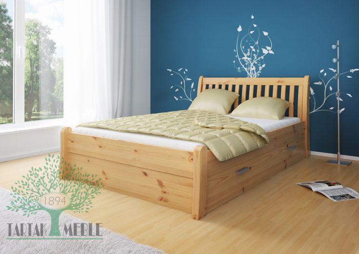 Łóżko sosnowe Tonja to estoński sprawdzony wzór. Sprzedawana w wersji klasycznej i z dodatkowymi szufladami. Opcja z wysuwanymi spod łóżka szufladami świetnie sprawdzi się wszędzie tam, gdzie potrzebna jest dodatkowa przestrzeń na pościel lub ubrania.