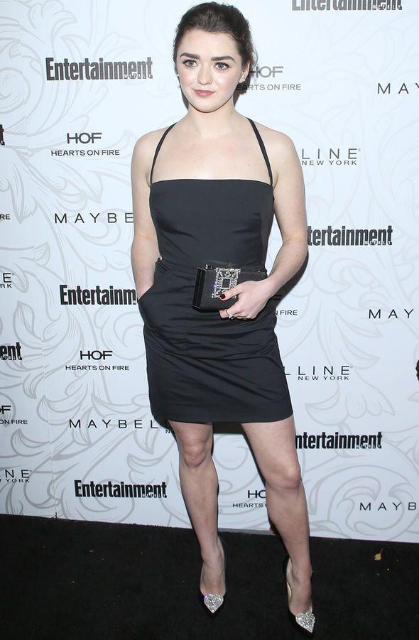 Game-of-Thrones-Maisie-Williams-boyfriend-Instagram-828431.jpg 590×901 pixels