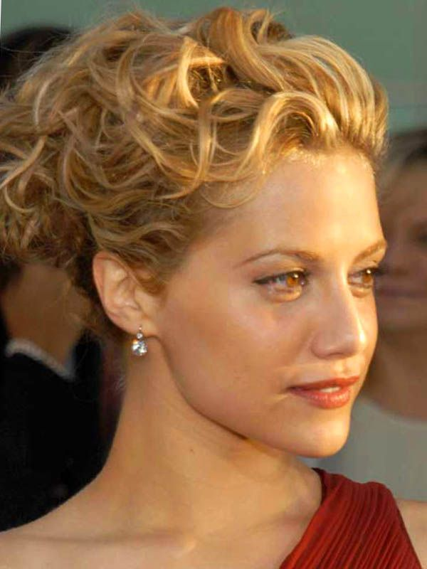 Updo Hairstyles | Celebrity Updos : Messy Updos | Updos for medium length hair
