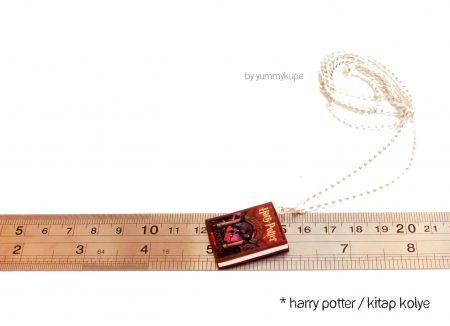 Harry Potter / Kitap Kolye #fashion #design #miniature #food #art #miniaturefoodart #polymerclay #clay #minyatur #polimerkil #kil #nutella #tasarim #taki #sanat #moda #sokak #tutorial #yummykupe #mold #kalip #nasil #bileklik #kolye #kupe #yuzuk #aksesuar #kadin #ring #earring #accesorie #necklace #harry #harrypotter #book