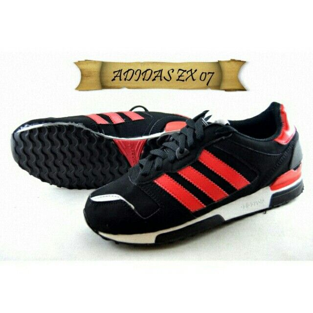 Saya Menjual Sepatu Adidas Zx 07 Suede Hitam Seharga Rp255 000