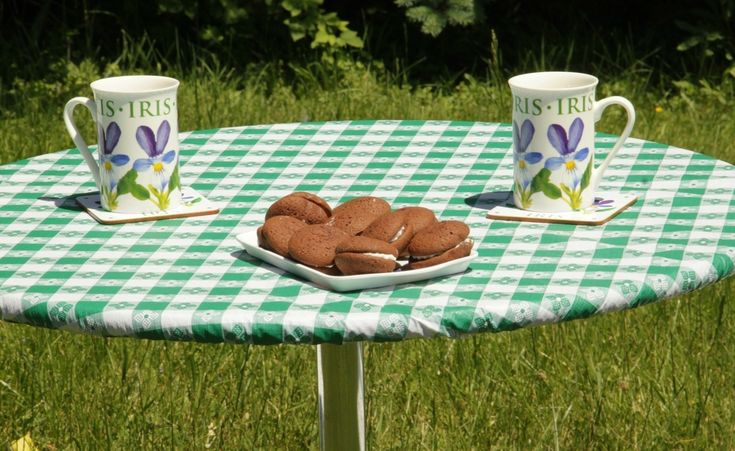 100+ Round Picnic Table Covers - Cool Apartment Furniture Check more at http://livelylighting.com/round-picnic-table-covers/