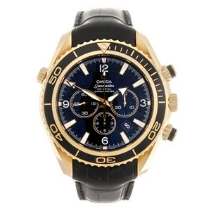 An 18ct gold automatic chronograph gentleman's Omega Seamaster Planet Ocean wrist watch