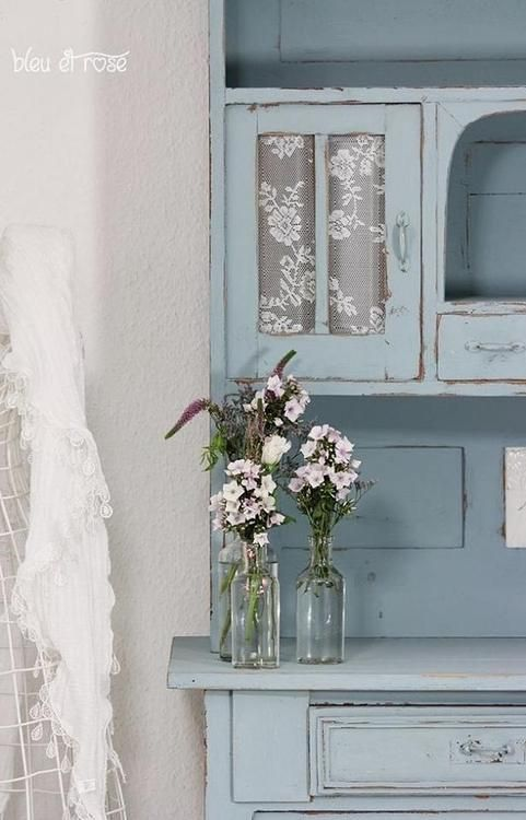 Keuken Schilderen Met Krijtverf : Shabby Chic Blue Cabinet