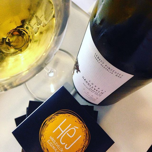 #harslevelu #winetasting #lenkey #tokaj #wineglasscommunication #wine_pr