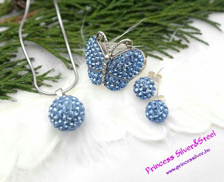 Kék ragyogás Swarovski kristályos ezüst szett. Részletek itt: www.princessilver.hu