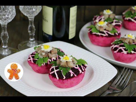 Селедка под шубой в картофельных лодочках порционная - YouTube