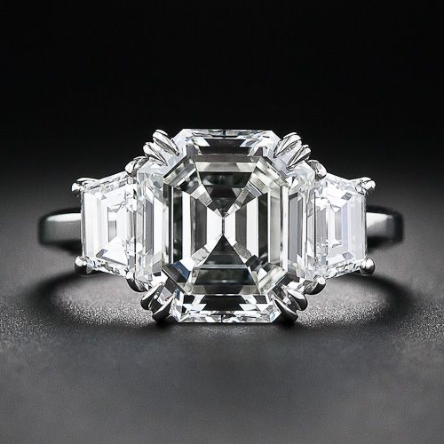 3.95 Carat Asscher Cut Diamond Ring, the diamond is an original Asscher cut diamond from Art Deco 1930's