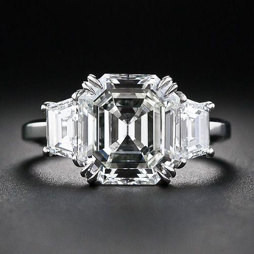 3.95 Carat Asscher Cut Diamond Ring, the diamond is an original Asscher cut diamond from Art Deco 1930's