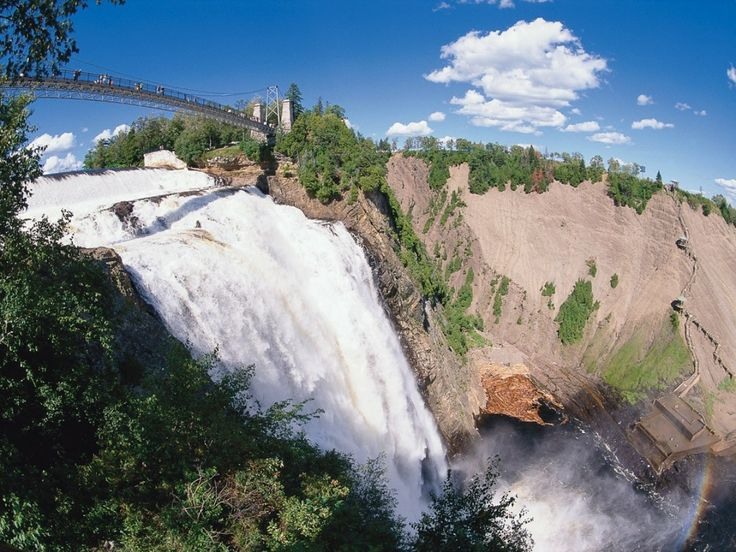Montmorency Falls park on Côte-de-Beaupré is 83 m/272', a full one and a half times higher than Niagara Falls!